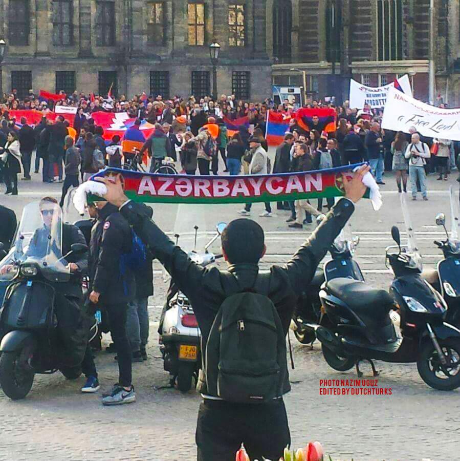 Demo-Amsterdam-2016-4-24-1
