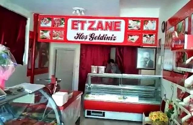 Eczane is waar je je voorgeschreven medicijnen ophaalt, ETzane (Et=vlees) is waarom je die medicijnen waarschijnlijk nodig zult hebben.